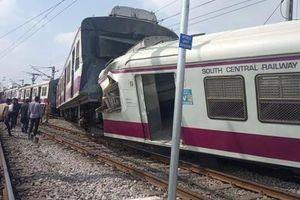 Hi hữu, 2 đoàn tàu đâm vào nhau trên sân ga tại Ấn Độ