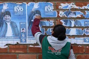 Tổng thống Evo Morales đã lên máy bay rời Bolivia và phản ứng từ Mỹ