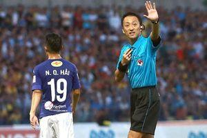 Trọng tài từng bắt trận Việt Nam thắng Thái Lan cầm còi buổi đấu với UAE