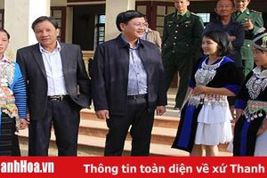 Phó Chủ tịch UBND tỉnh Mai Xuân Liêm dự ngày hội Đại đoàn kết toàn dân tộc với nhân dân bản Lốc Há, xã Nhi Sơn