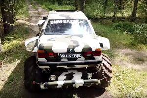 Thuê xe 'khủng long bạo chúa' BMW 7-Series leo đèo lội suối chỉ vài trăm USD