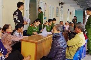 Cấp CCCD miễn phí cho người già, người tàn tật và các đối tượng chính sách