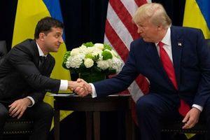 Ông Trump cam kết công bố bản ghi điện đàm đầu tiên với ông Zelensky vào tuần này