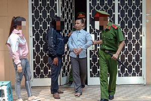 Thiếu nữ kể chuyện vào khách sạn, bạn trai bị tù