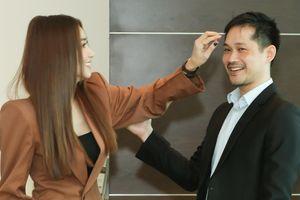 Ngân Khánh lần hiếm hoi sánh bước cùng chồng