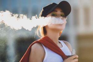Thanh niên 19 tuổi suýt chết vì hút vape