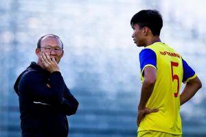HLV Park từ chối nói chuyện Văn Hậu không dự U23 châu Á
