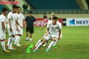 Đội tuyển Việt Nam tập đua tốc độ khắc chế sức mạnh của UAE