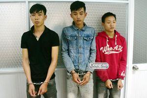 Nhóm trộm tài sản của du khách sa lưới