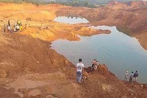Tuyên Quang: Trượt chân ngã xuống hố khai thác quặng, 2 học sinh chết đuối thương tâm