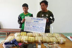 Bắt 2 đối tượng người Lào, thu 100.000 viên ma túy tổng hợp
