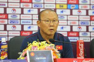 HLV Park Hang Seo: 'UAE chắc chắn chơi tất tay với đội tuyển Việt Nam'