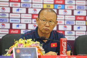 HLV Park Hang Seo: 'UAE sẽ chơi tất tay trước tuyển Việt Nam'