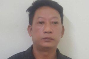Chuyển công an quận xử lý gã đàn ông đánh cụ ông U80 tuổi nhập viện