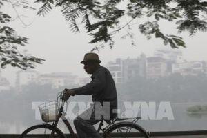 Nồng độ bụi PM2.5 ở Hà Nội đang tăng theo từng giờ