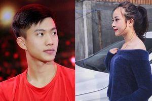 Tiền vệ Phan Văn Đức cưới vợ 'chạy bầu'?