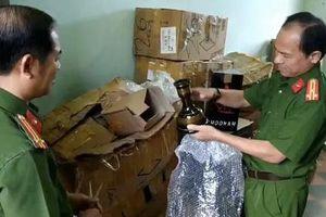 Đà Nẵng: Phát hiện hàng ngàn hộp shisha không rõ nguồn gốc trong một căn nhà