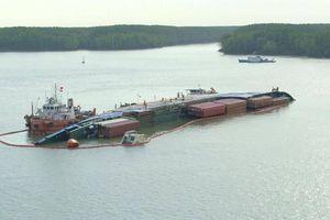 Trục vớt tàu chìm trên sông Lòng Tàu thế nào?