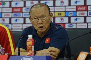 HLV Park Hang Seo không ngại UAE đá phòng ngự