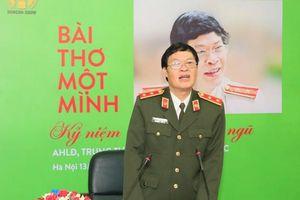 Trung tướng Hữu Ước 'Một mình' với thơ tâm sự về cô đơn