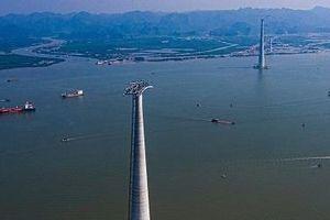Tạm dừng hoạt động phà Gót nửa ngày để xây cáp treo dài nhất thế giới