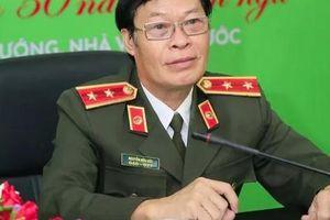 Trung tướng Hữu Ước tổ chức đêm '3 trong 1' thơ - nhạc - họa