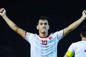 Việt Nam gặp UAE: Ông Park muốn tuyển Việt Nam chơi chủ động