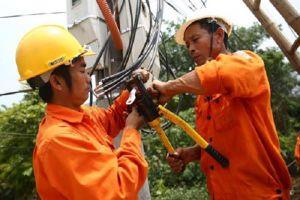 Thiếu điện, phải huy động 8,6 tỉ kWh nguồn điện chạy dầu cho năm 2020