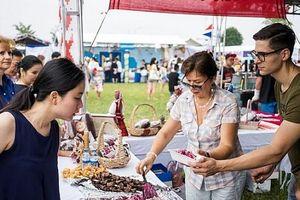 Phụ nữ quốc tế gây quỹ thường niên lần thứ 27 tại Hà Nội