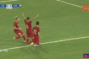 Tiến Linh ghi bàn đẳng cấp và khó tin giúp Việt Nam dẫn trước UAE 1-0