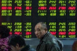 Sản xuất công nghiệp Trung Quốc tụt dốc, chứng khoán châu Á trái chiều