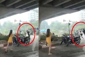 Gã chồng vác dao truy sát vợ trên phố Hà Nội khai gì?