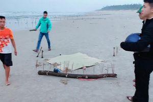 Thi thể không đầu trôi vào bờ biển: Nạn nhân là nữ công nhân