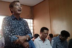 Hoãn xử vụ nghệ sĩ Hồng Tơ đánh bạc
