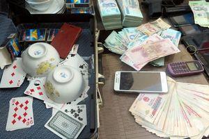 Cướp tiền ở xới bạc Lương Sơn, 11 người bị bắt giam