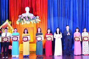 Đà Nẵng: Tuyên dương, khen thưởng nhiều tập thể, cá nhân trong phong trào thi đua dạy học tốt
