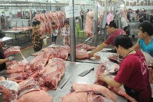 Lo thiếu hàng khi thịt lợn liên tục tăng giá