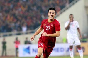 5 điểm nhấn trận Việt Nam đánh bại UAE: Siêu phẩm Tiến Linh, Tuấn Anh làm lu mờ 'Messi châu Á'