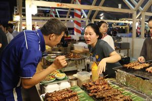 Nhiều món ăn khiến thực khách 'hết hồn' tại Liên hoan ẩm thực quốc tế