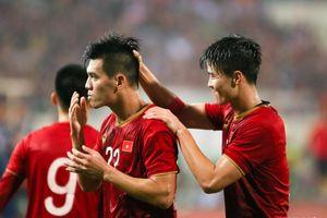 Danh thủ Hồng Sơn: 'Tiến Linh sút bóng như Ronaldo'