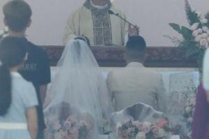 Bảo Thy làm lễ cưới ở nhà thờ