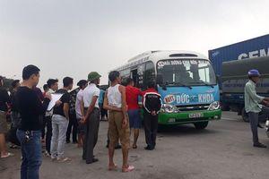 Hải Dương: Tá hỏa phát hiện tài xế xe buýt chết trên ghế lái