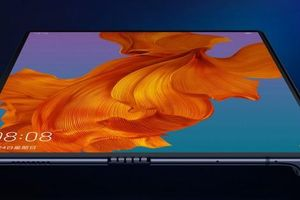 Không có ứng dụng Google, Huawei Mate X vẫn 'cháy hàng' ngày mở bán
