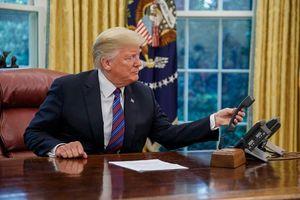 Nhà Trắng công bố nội dung cuộc điện đàm đầu tiên dài 16 phút giữa ông Trump và ông Zelensky