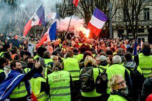 Cảnh sát Pháp bắt 33 người trong ngày kỉ niệm 1 năm biểu tình 'áo vàng'