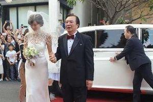 Xuất hiện xe Rolls-Royce, Bentley trong lễ cưới Lâm Chí Linh