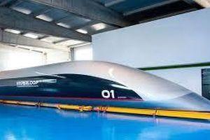 Tàu siêu tốc Hyperloop ra mắt