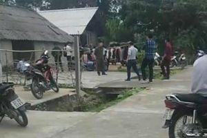 Kinh hoàng: Nghi án cha cùng hai con nhỏ treo cổ tự tử trong ngôi nhà khóa trái cửa ở Tuyên Quang