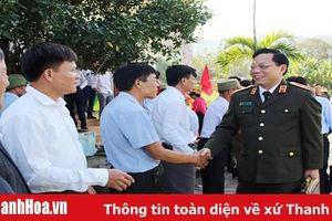 Thiếu tướng Nguyễn Hải Trung, Giám đốc Công an tỉnh dự Ngày hội Đại đoàn kết toàn dân tộc với Nhân dân thôn Sơn Hậu, xã Hải Nhân
