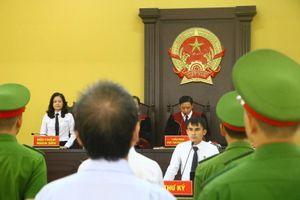 Lại hoãn xử vụ liên quan đến cựu bí thư thị xã Bến Cát